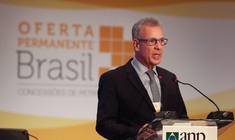 Ministro quer aprovação do novo marco regulatório do gás este ano